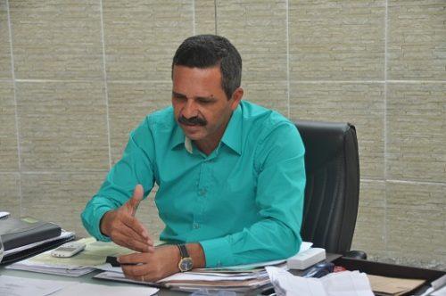 Em Itabuna, Ex-prefeito Vane declara que deixou R$ 46 milhões em caixa.