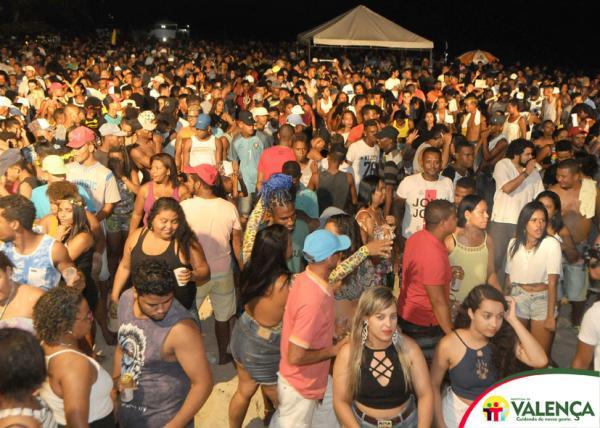 Abertura do carnaval na praia de guaibim é sucesso de público