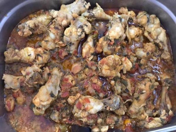 Experimente a comida baiana no Restaurante Canto do Lazer 2; toda sexta.