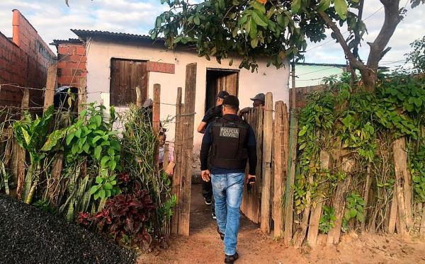 Operação prende mais de 50 pessoas na Bahia para combater feminicídios.