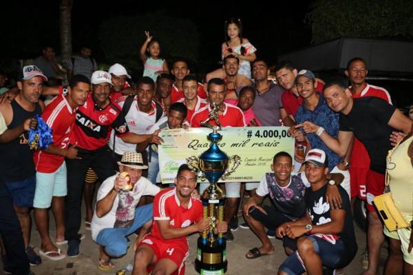 Teolândia: Time do Flamengo e campeão em Campeonato Municipal de Futebol.