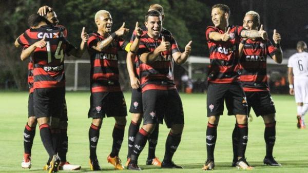 Vitória faz três no Corumbaense e avança de fase na Copa do Brasil.
