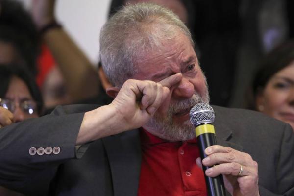Lula Fora ...