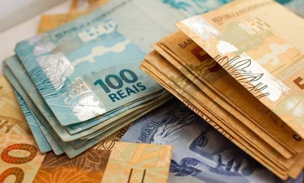 Governo aumenta para R$ 1.006 previsão para salário mínimo em 2019.