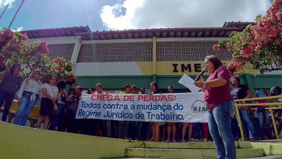 Professores de Itabuna iniciam greve por tempo indeterminado
