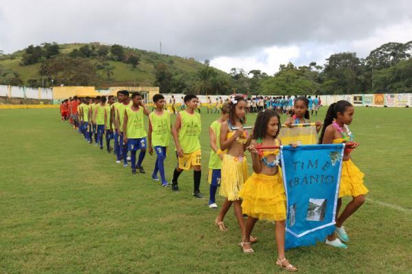 Com o Estádio Lotado, teve início, em Teolândia, os Jogos Estudantis da rede municipal de Educação 2018.