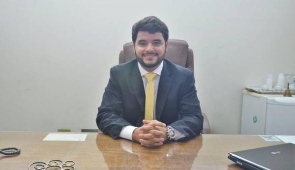 Itapetinga: Prefeito Rodrigo mostra habilidade política