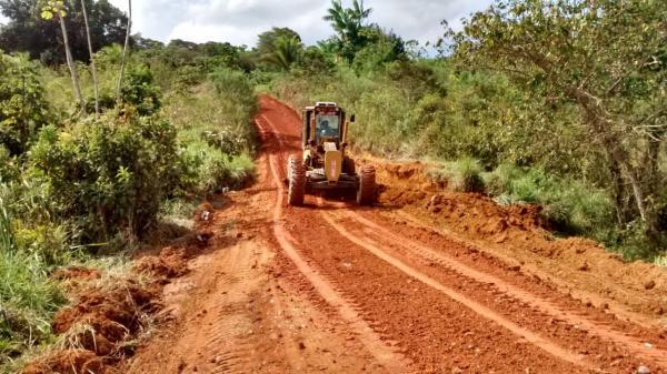 Teolândia: Prefeitura retoma serviço de recuperação das estradas rurais