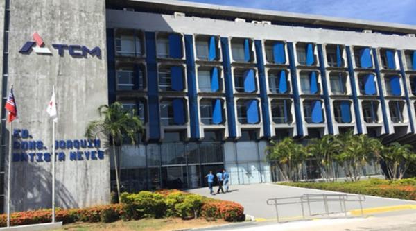 TCM acata denúncia contra prefeito de Gandu