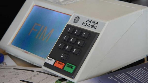 TSE: Eleitores podem emitir certidão de quitação eleitoral
