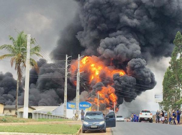 Incêndio atinge fábrica no Distrito Industrial em Santo Antônio de Jesus