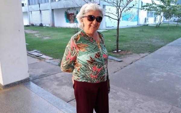 Candidata de 81 anos fica com fome e abandona Enem