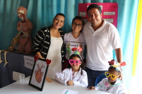 Projeto Alimentação Saudável realizado pela Creche Escola Municipal Maria José de Almeida Souza