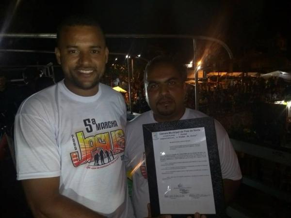 Pastor Clécio recebe título de cidadão piraiense