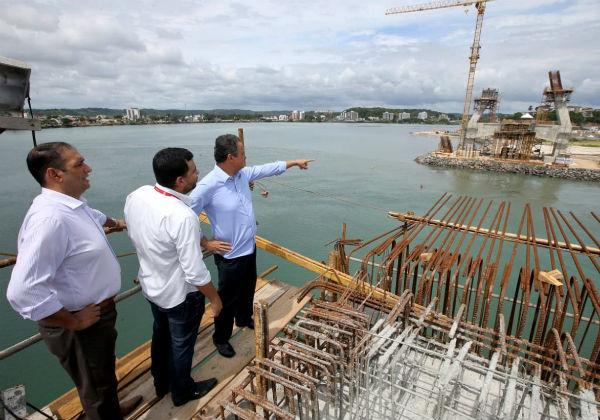 Rui encerra agenda 2018 no interior com vistoria na Ponte Ilhéus-Pontal
