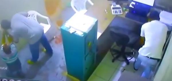 Bandidos roubam firma de cacau em Gandu