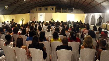 Ubaitaba: jornada pedagógica tem tema profissionalismo e relações interpessoais.