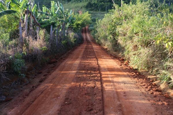 Teolândia: O serviço de recuperação das estradas vicinais estão a todo vapor na Região do Ronquinho