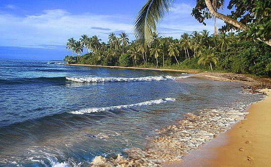 Turista é estuprada e agredida durante passeio em praia de Maraú,