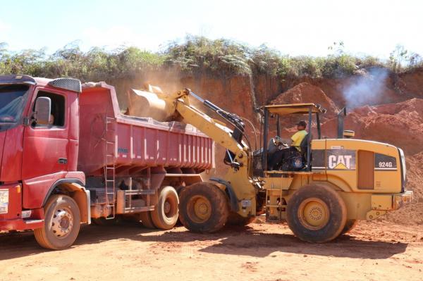 Teolândia | Trabalho de recuperação das estradas rurais avança