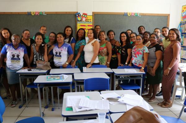 Teolândia: Realização de oficinas dão continuidade aos trabalhos da Jornada da Educação