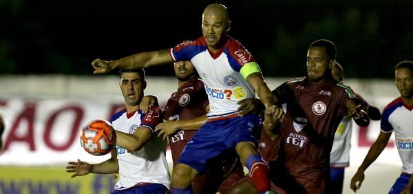 Bahia perde para o Jacuipense e deixa escapar chance de liderar o Baianão