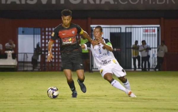 Vitória perde para o Botafogo por 3 a 1