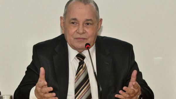 Presidente do TJ-BA anuncia concurso com 50 vagas para juiz.