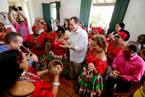 Deputado Nelson Leal participa de celebrações dos 172 anos de nascimento do poeta Castro Alves, em Cabaceiras do Paraguaçu