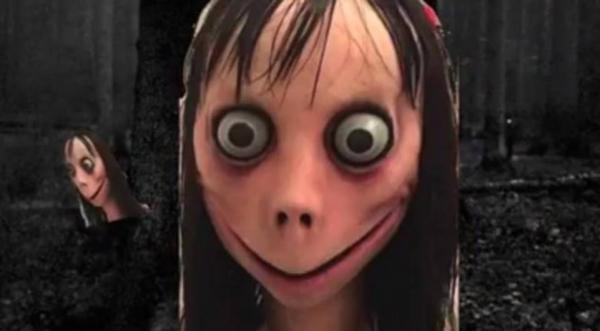Boneca Momo reaparece em vídeos e incentiva o suicídio