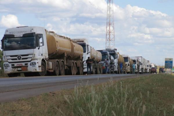 Caminhoneiros ameaçam fazer nova greve