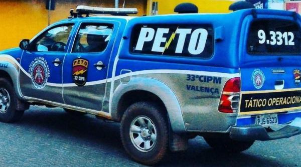 Homem é preso acusado de agredir a mulher em Valença