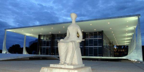 STF mantém aplicação da Ficha Limpa para condenados antes de 2010