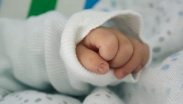 Itabuna: Recém-nascido é encontrado morto após dormir na cama com os pais