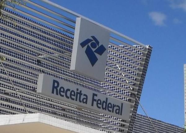 Confira cronograma de pagamento das restituições do Imposto de Renda