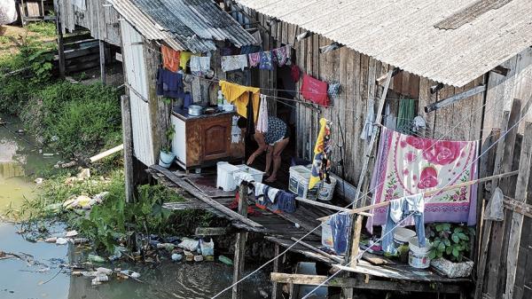 7 mi de brasileiros na pobreza, diz Banco Mundial.