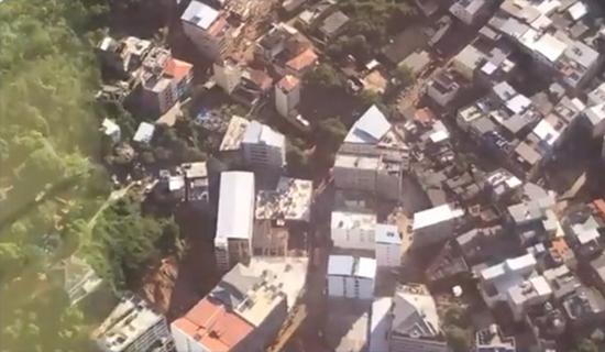 Prédios desabam e vozes são ouvidas embaixo dos escombros no Rio de Janeiro