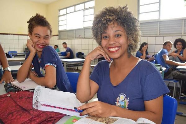 Secretaria de Educação oferta 3,4 mil vagas de cursos técnicos de nível médio
