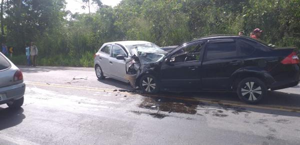 Criança de 10 anos morre em acidente na BR-101 em Wenceslau Guimarães