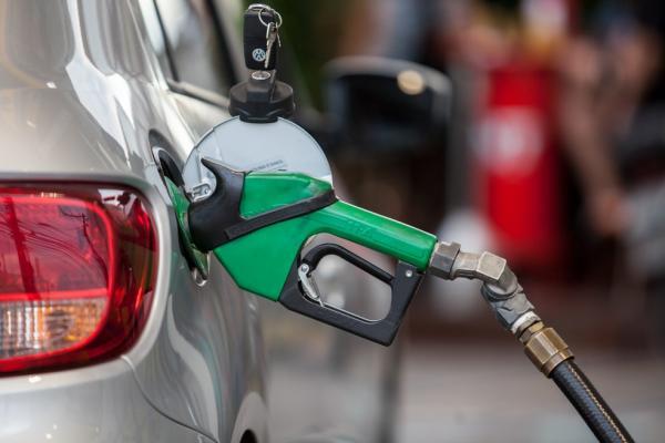 Petrobras eleva diesel em 2,56% nas refinarias