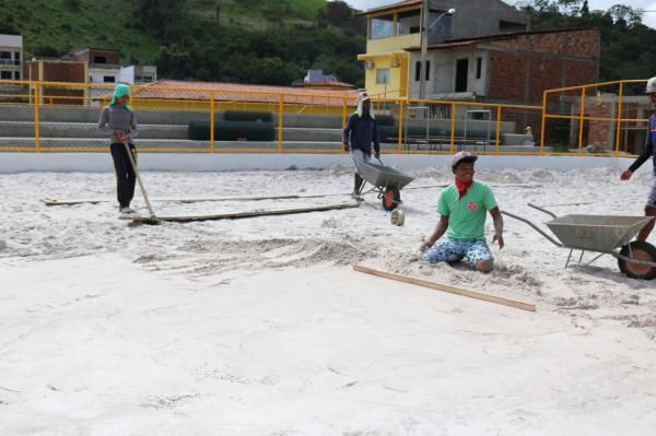 Teolândia: Obras da nova praça de lazer estão em estado bastante avançado. Confira!