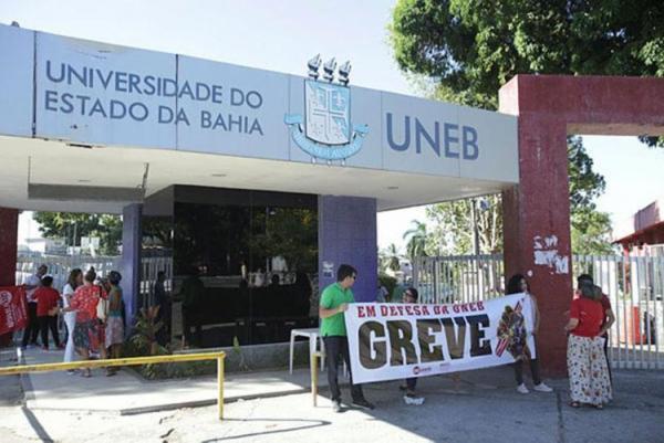 Uneb: Professores continuam sem salários