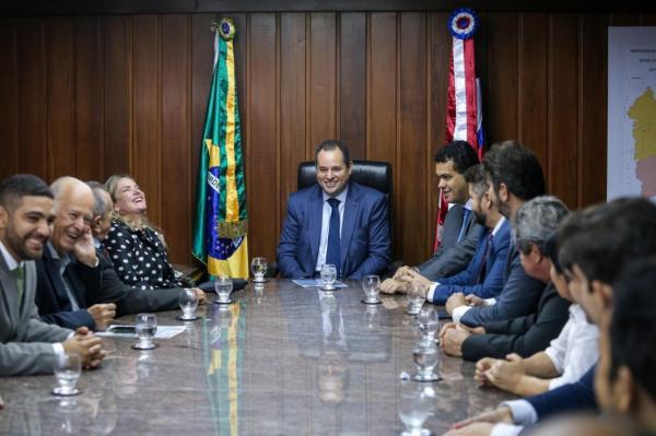 Nelson Leal assume interinamente Governo da Bahia e acompanha chuvas que atingem diversas regiões do Estado