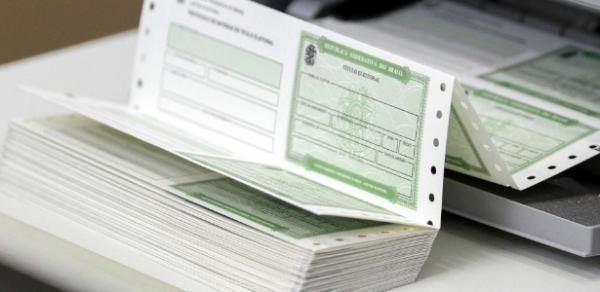 Justiça Eleitoral cancela título de 2,5 milhões de eleitores com irregularidades