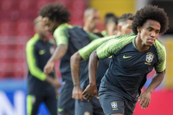 Tite convoca Willian para a vaga de Neymar na Copa América