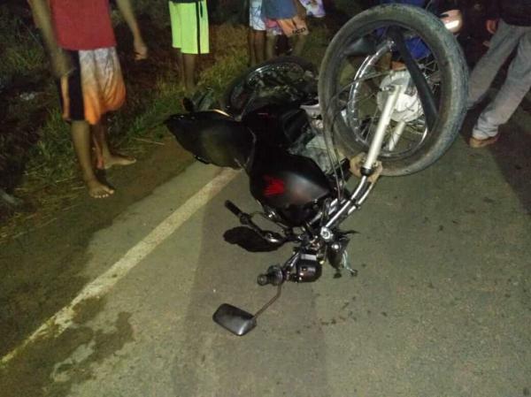 Acidente na BA-120, em Gandu, deixam dois motociclistas mortos