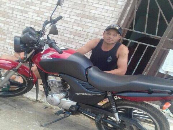 Homem perde controle de moto e morre em acidente na BR-101 em PTN
