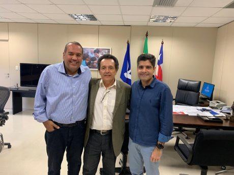 Ipiaú: ACM Neto convida ex-prefeito para ser candidato pelo DEM