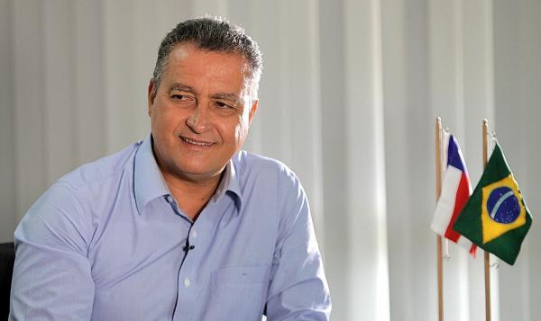 A Bahia não ficará de joelhos, rebate Rui contra boicote de empréstimo