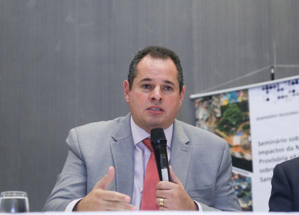 Nelson Leal alerta que desindustrialização no Brasil acendeu o sinal vermelho
